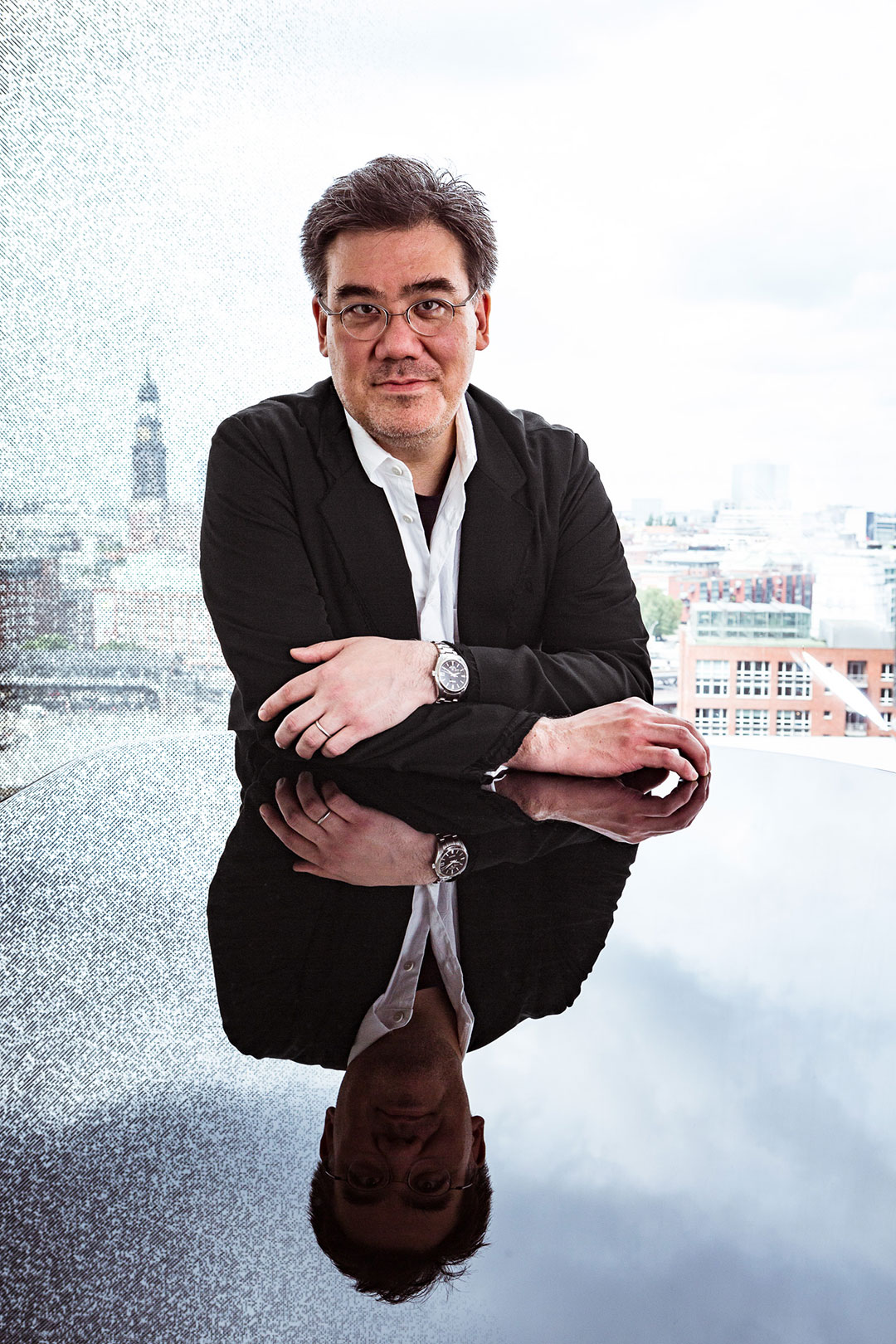 Alan Gilbert Debuts with Staatskapelle Dresden and Leads NDR